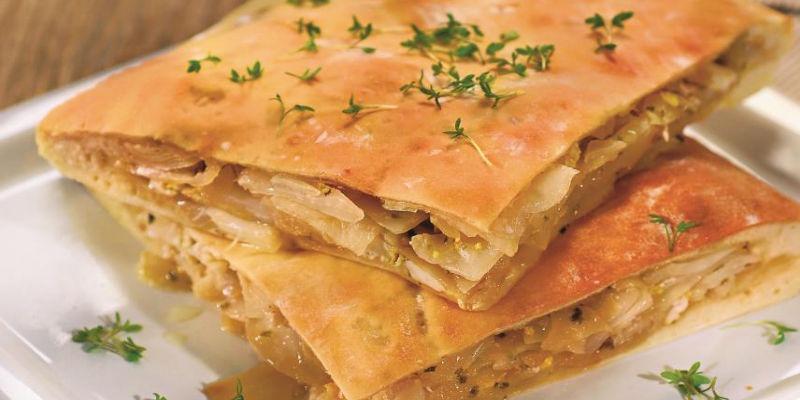 Yeast dough cabbage pie