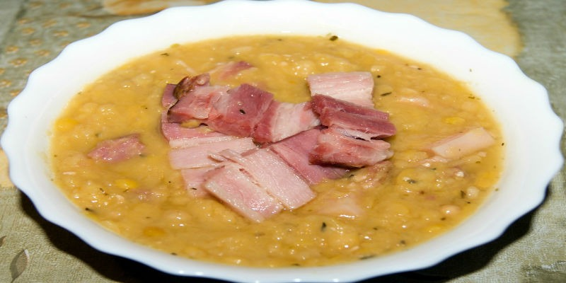 Как готовить гороховый суп с копченостями рецепт