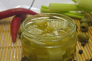 Pickled celery leaves