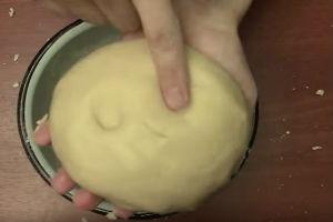 Как приготовить торт в сковороде