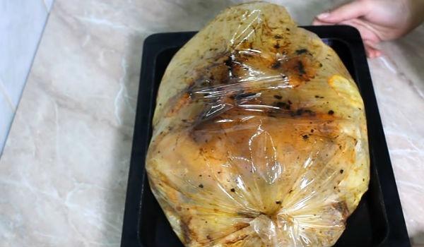 Приготовление курицы с картошкой в пакете для запекания в духовке