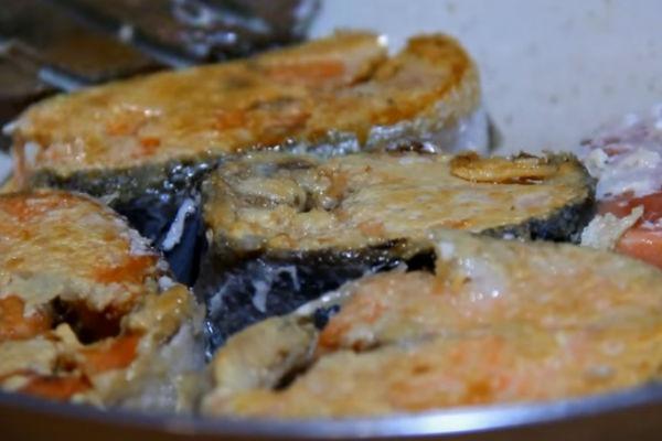 Рыба под маринадом в духовке