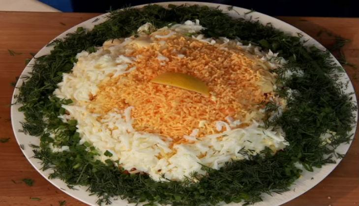 Салат мимоза с горбушей с фото