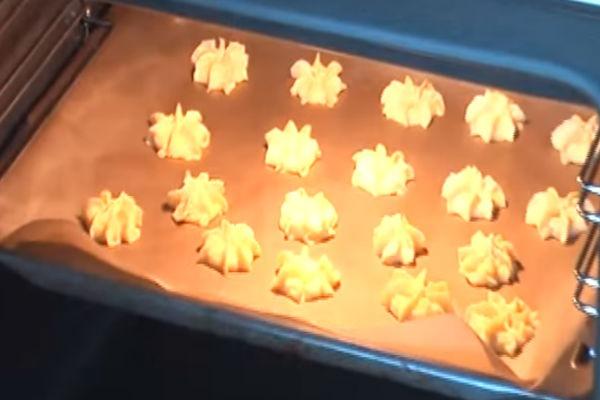 Творожное печенье с миндалем