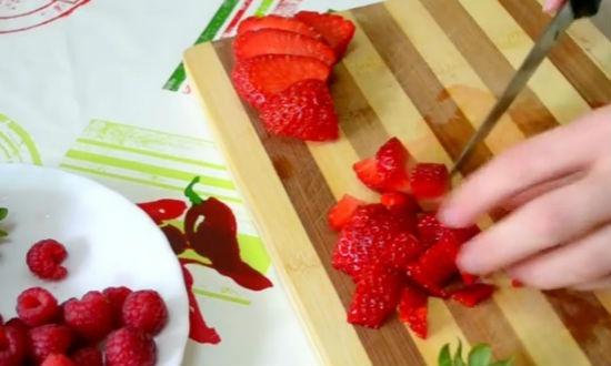 Десерт желе из йогурта