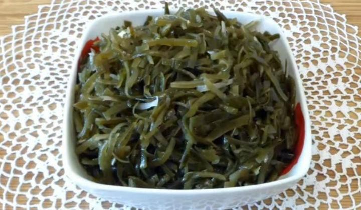 Салат с тунцом и морской капустой рецепт