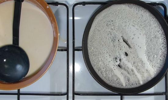 Блины на молоке тонкие с дырочками