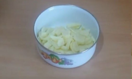 shhi1 7 - Как приготовить любимое русское блюдо – щи из свежей капусты