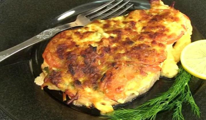 Форель запеченная в духовке под сыром