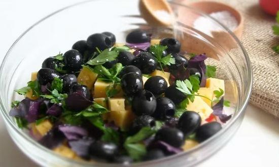 Простые салаты с консервированным тунцом рецепты с