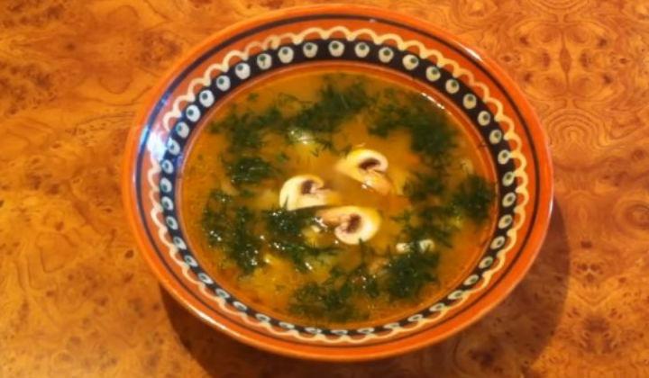 Грибной суп из шампиньонов с курицей