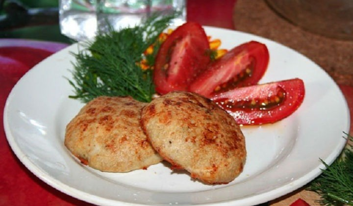 Куриные рубленные котлеты с сыром