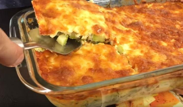 рецепт из кабачков и картошки в духовке со сметаной