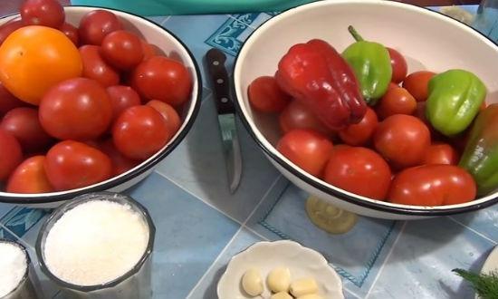 Продукты для заготовки помидор