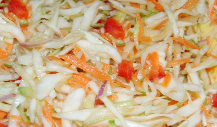 Салат из зеленых помидор Охотничий