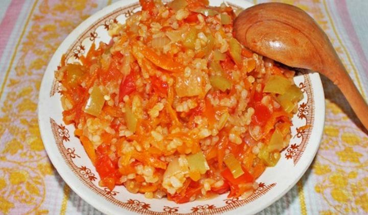 Салат из зеленых помидор на зиму с рисом