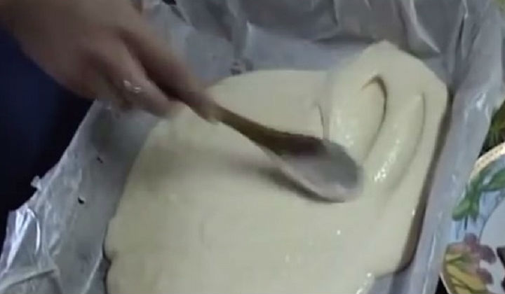 Жидкое тесто для пиццы на кефире