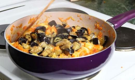 Овощное рагу, рецепт с кабачками и баклажанами