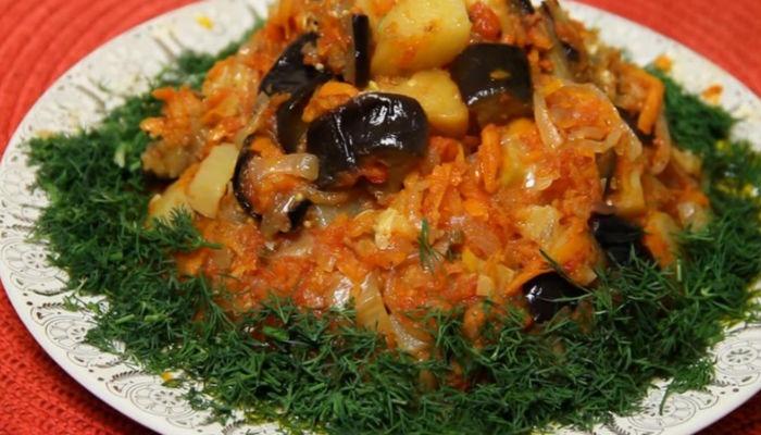 Рагу с кабачком и картошкой и помидорами