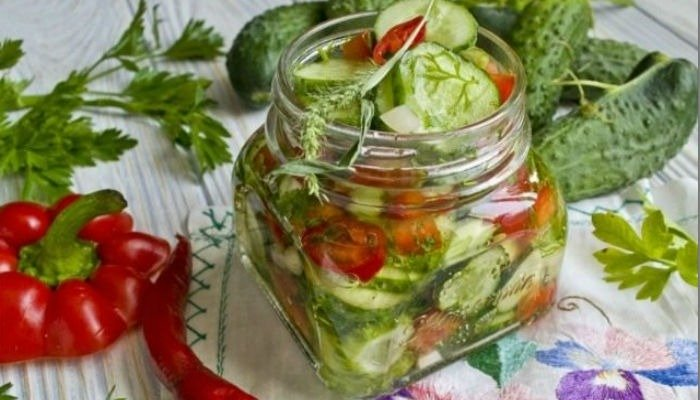 салат из огурцов на зиму пальчики оближешь рецепт 2