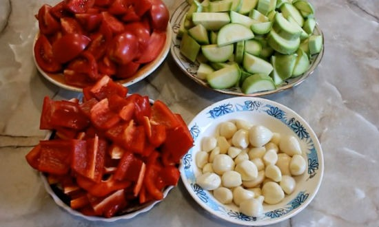 Как сделать аджику из кабачков и помидор 786