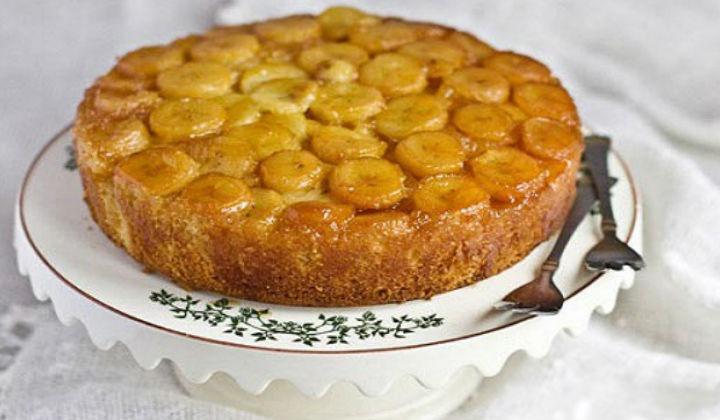 Самый вкусный и простой пирог - шарлотка с яблоками и бананом в духовке