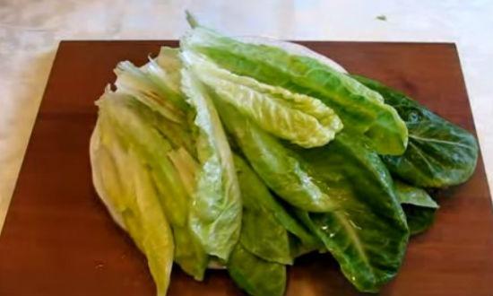 Разбираем салат на листья