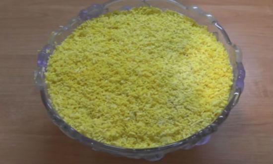 Завершающий слой яичный желток
