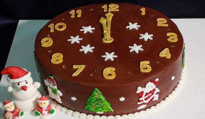 Торт на Новый 2019 год — рецепты как приготовить и украсить новогодний торт в домашних условиях