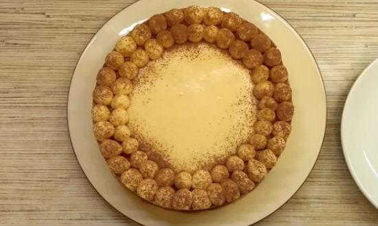 Готовый новогодний торт