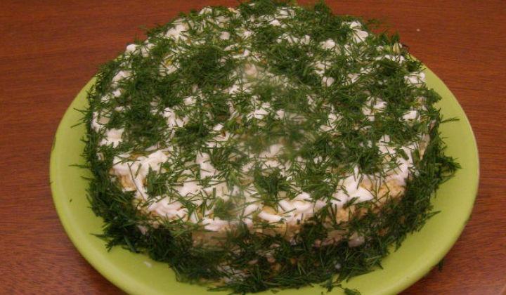 Салат Мимоза с черносливом