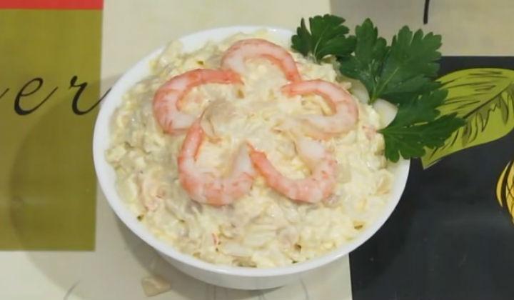 салат из кальмаров с крабовыми палочками рецепт с фото очень вкусный