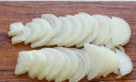 Мясо по-французски в духовке, классические рецепты с сыром