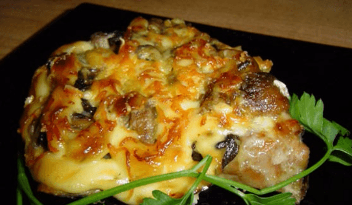 свинина по-французски с грибами