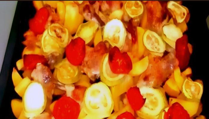 курица с картофелем и овощами