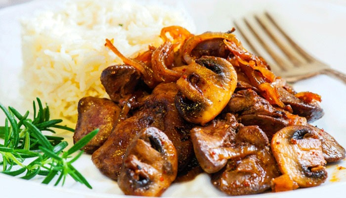 liver with mushrooms