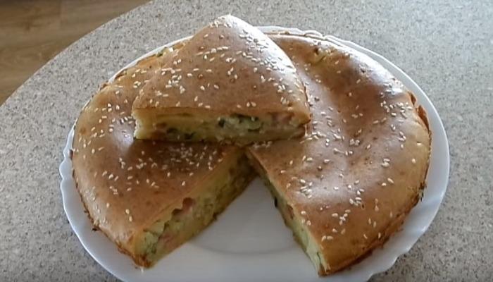 пирог с капустой и ветчиной