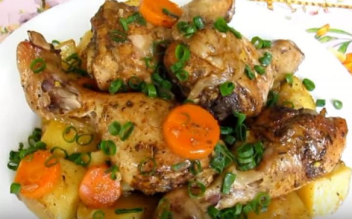 Ножки курицы с картофелем