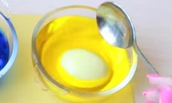 Как покрасить яйца на Пасху, красивые и оригинальные способы покраски своими руками