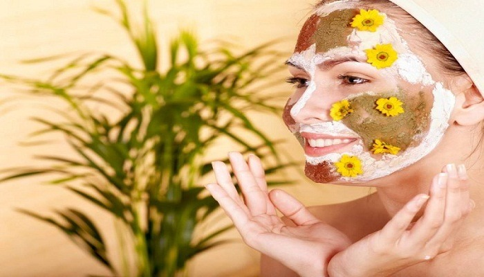 herbal mask with apple juice
