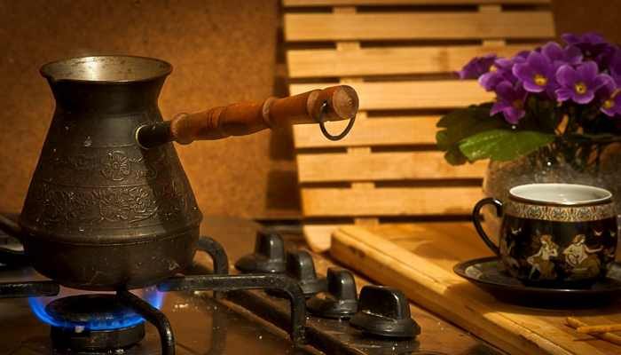 Варим кофе на газовой плите