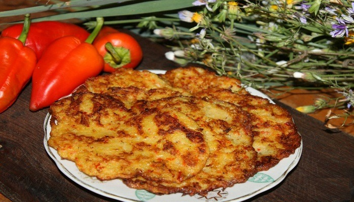 Fragrant potato pancakes, zucchini and sweet pepper