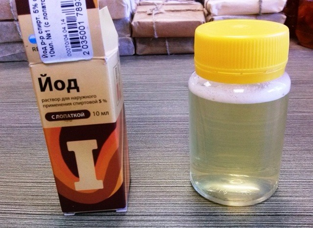 проверка мёда йодом