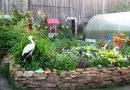 Как украсить двор частного дома своими руками - идеи из ненужных вещей