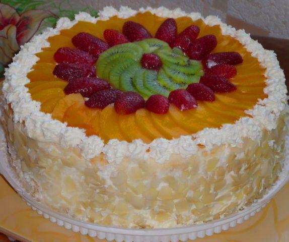 1-tort Как красиво украсить торт в домашних условиях