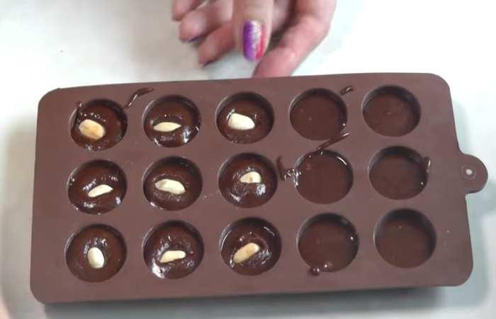 Разливаем шоколад