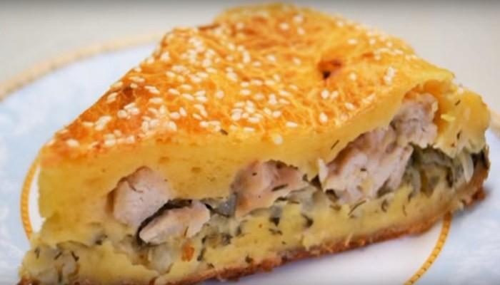 Мясной пирог со свежей капустой