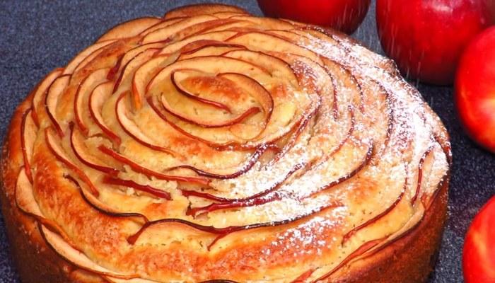 Пирог новогодний «Яблочный пирог»