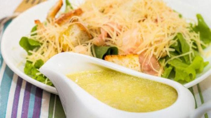 Классический соус для салата Цезарь