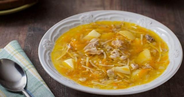 куриный вермишелевый суп